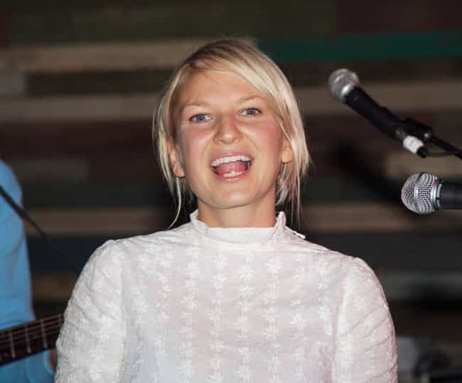 Sia Furler is listed (or ranked) 2 on the list Celebrities Who Took Negative Press And Turned It Positive