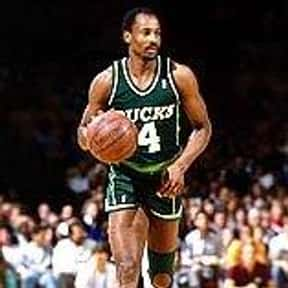 Sidney Moncrief is listed (or ranked) 15 on the list People Who Should Be in the Basketball Hall of Fame
