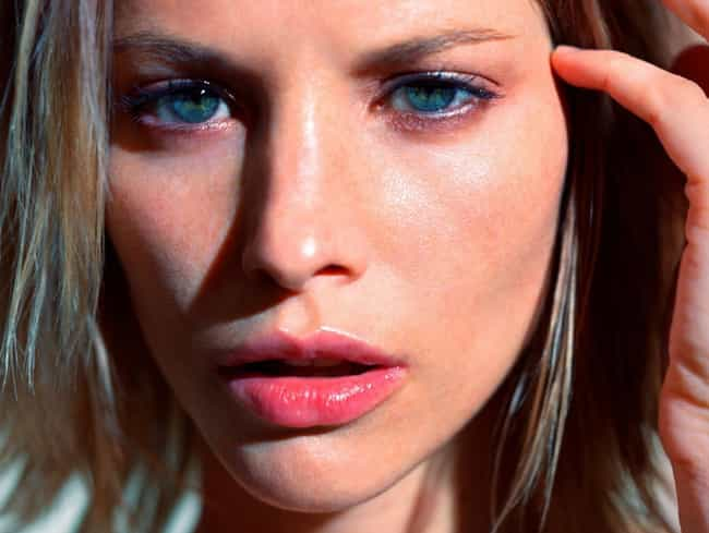 Sienna Guillory is listed (or ranked) 1 on the list Famous Girls with the Best Pairs of Lips