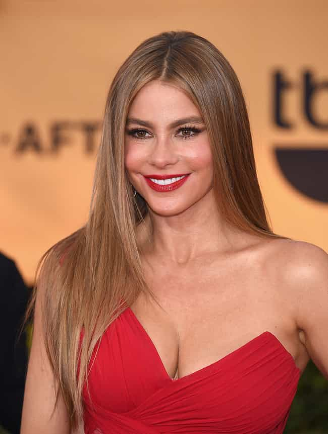 Sofía Vergara is listed (or ranked) 2 on the list The Most Gorgeous Girls on Primetime TV