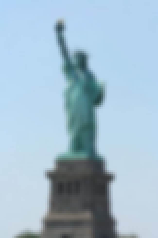 Statue of Liberty is listed (or ranked) 3 on the list 30+ Things That ALSO Happened on the 4th of July