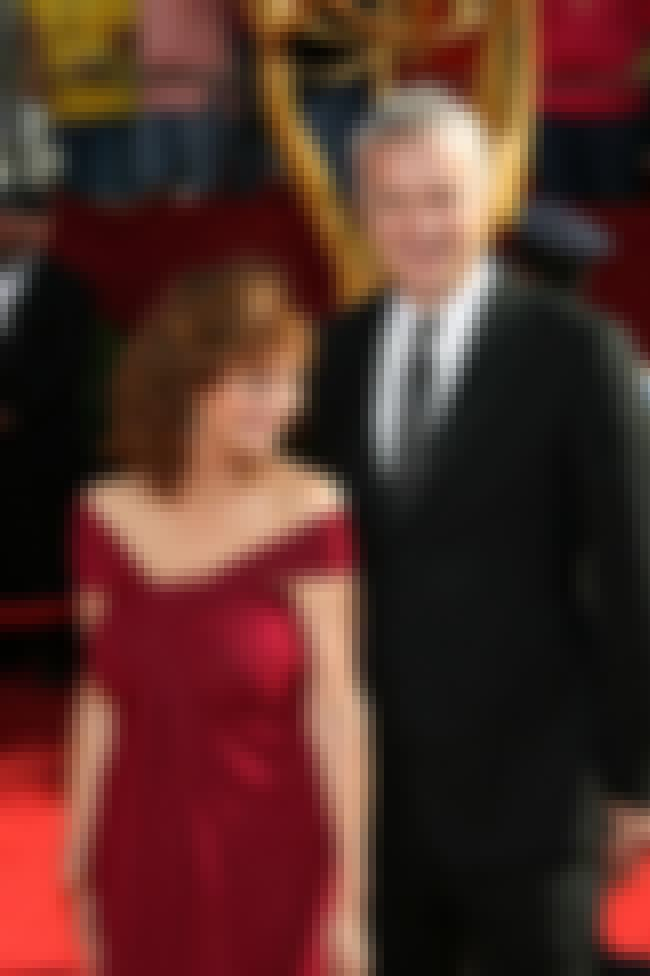Susan Sarandon is listed (or ranked) 2 on the list 13 Famous Long-Term Couples Who Never Married