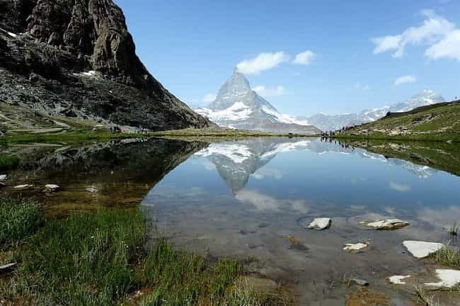 Switzerland is listed (or ranked) 1 on the list The Best Countries to Live In