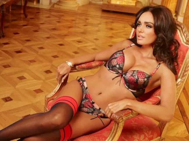 Tamara Ecclestone is listed (or ranked) 3 on the list Faces of Ultimo Lingerie