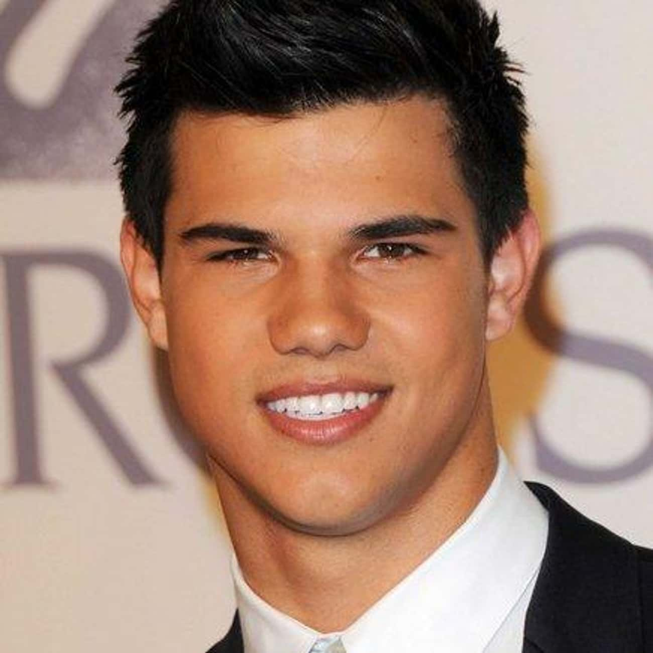 Taylor Lautner is listed (or ranked) 3 on the list Hollywood's 10 Best Smiles