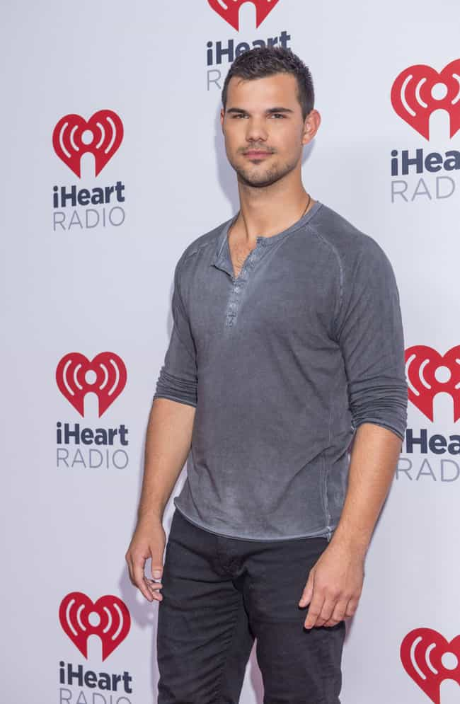 Taylor Lautner is listed (or ranked) 5 on the list Taylor Swift's Ex-Boyfriends Describe What It's Like To Date Her