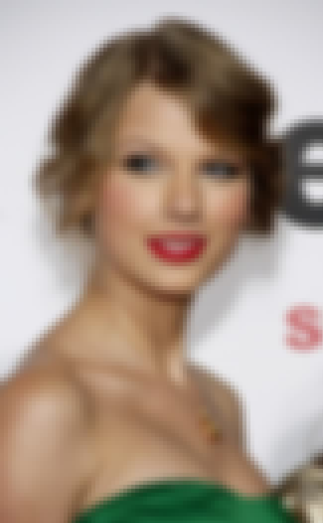 Taylor Swift is listed (or ranked) 4 on the list 50+ Celebrities Who Love To Cook