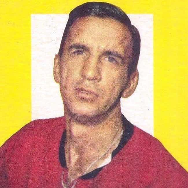 Ted Lindsay is listed (or ranked) 4 on the list The Best Athletes Who Wore #7