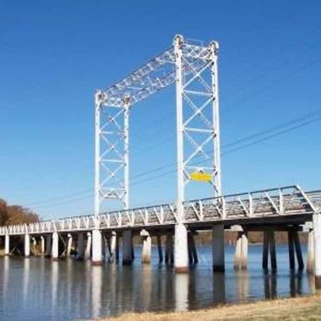 Caddo Lake Bridge is listed (or ranked) 4 on the list Bridges in Louisiana