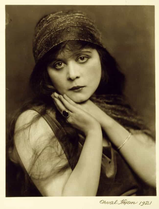 Theda Bara is listed (or ranked) 3 on the list Historical Figures Who Were Considered Hot In Their Times, Ranked By Modern Beauty Standards