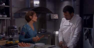 Riker Hangs Out With The NX-01 Crew While Cooking Soup