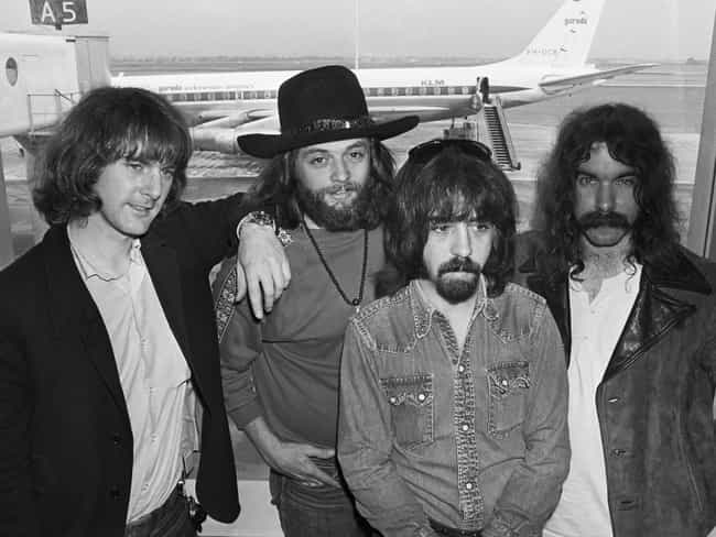 The Byrds is listed (or ranked) 2 on the list 10 Bands That Defined The California Sound, As Ranked By Vicki Peterson Of The Bangles