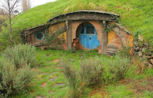 The Lord of the Rings is listed (or ranked) 1 on the list 22 Insanely Cool Pictures Of Abandoned Movie Sets