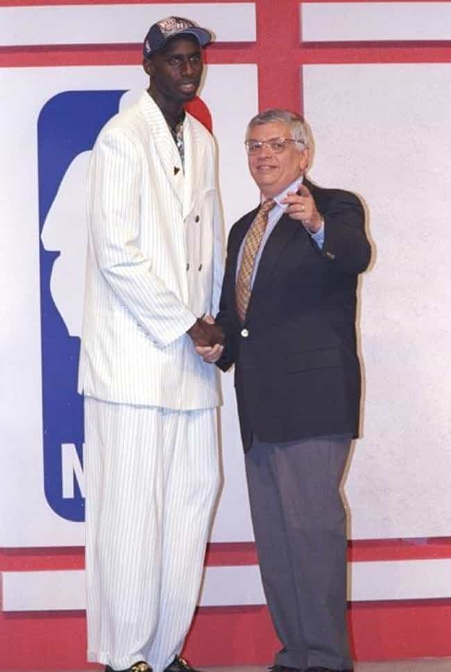 Tim Thomas is listed (or ranked) 1 on the list The All Time Loudest Suits Worn to the NBA Draft