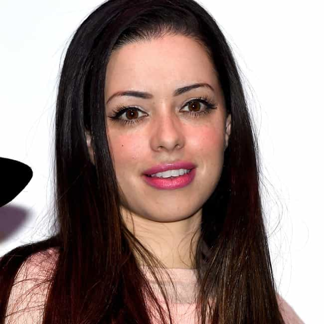 Tina Barrett is listed (or ranked) 2 on the list David Schwimmer Loves and Hookups