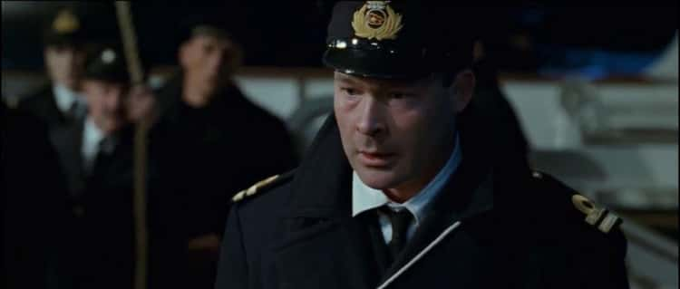 The First Mate In 'Titanic' Never Actually Shot Anyone, And James Cameron Apologized To His Family