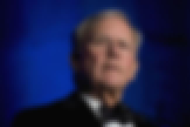 Tom Brokaw is listed (or ranked) 5 on the list 26 Celebrities with Cleft Lips