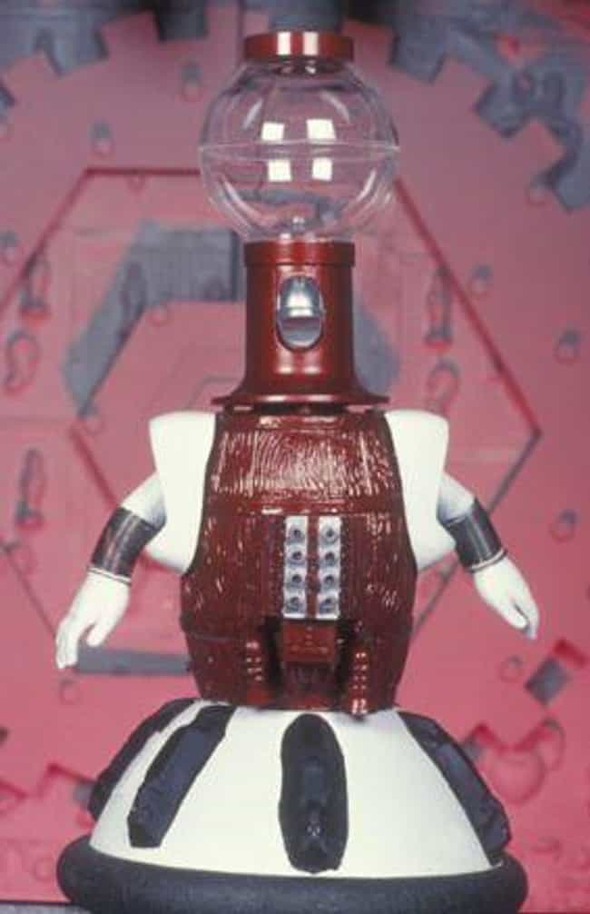 Tom Servo is listed (or ranked) 2 on the list Smartass Robots You'd Want As Your Bestie