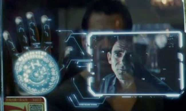 Total Recall is listed (or ranked) 4 on the list The Dumbest Technology In Science Fiction