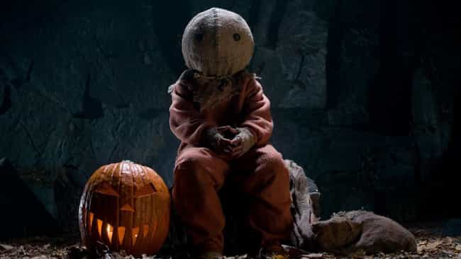 Trick 'r Treat is listed (or ranked) 3 on the list 15 Terrifying Anthology Horror Movies Perfect for a Halloween Binge