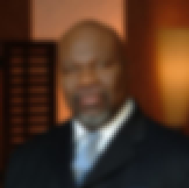 T. D. Jakes is listed (or ranked) 4 on the list Famous Male Evangelists