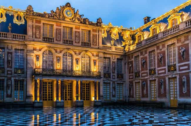 Versailles is listed (or ranked) 3 on the list The Most Beautiful Buildings in the World