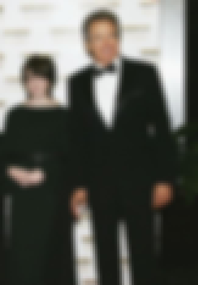 Warren Beatty is listed (or ranked) 6 on the list 6 Celebrities with Gay Children