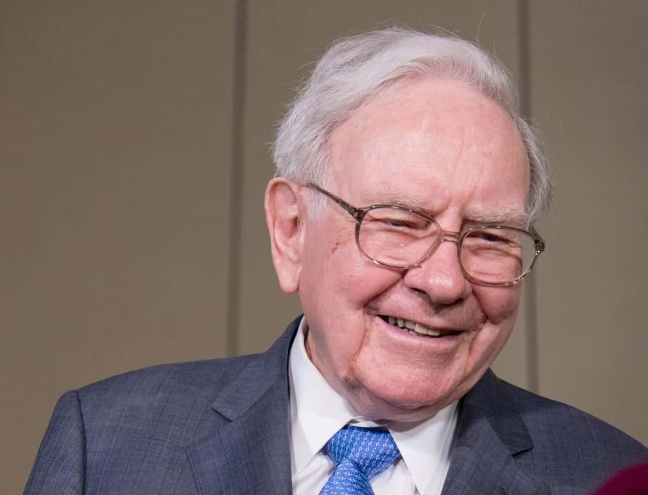 Warren Buffett is listed (or ranked) 3 on the list Famous People who Majored in Economics