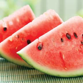 Watermelon is listed (or ranked) 3 on the list The Best Picnic Foods