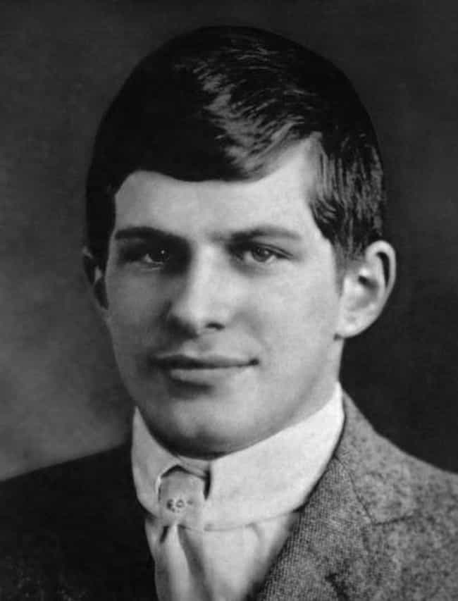 William James Sidis is listed (or ranked) 2 on the list 10 Geniuses Who Vanished or Went Into Hiding