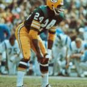 Willie Wood is listed (or ranked) 15 on the list List of Famous Football Defensive Backs