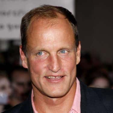 A Girl On A Bus Told Woody Harrelson His Acne Would Clear Up If He Eliminated Dairy