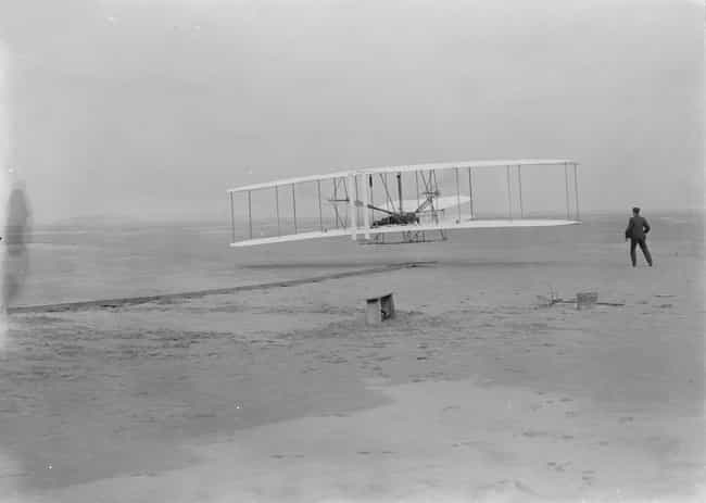 Wright brothers is listed (or ranked) 4 on the list 14 Fascinating Photos Of Historical Firsts