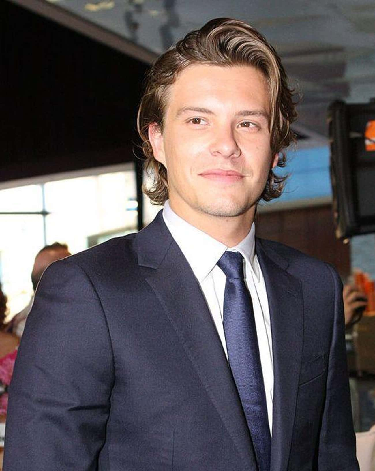 Xavier Samuel is listed (or ranked) 4 on the list Phoebe Tonkin Loves and Hookups