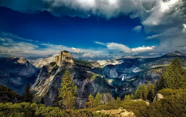 Yosemite National Park is listed (or ranked) 3 on the list The Most Beautiful Places In America