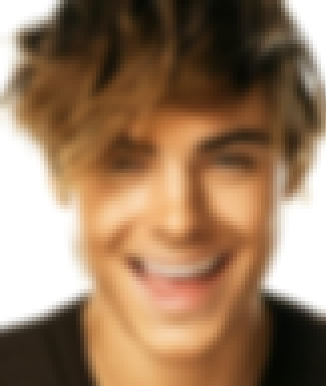 Zac Efron is listed (or ranked) 2 on the list The Best Celebrity Smiles (Men)
