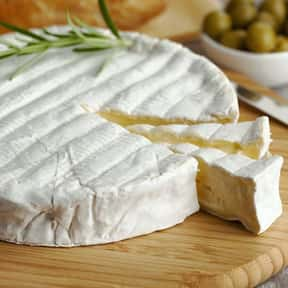 Ripe Brie is listed (or ranked) 3 on the list The Best Food Pairings For Zinfandel, Ranked