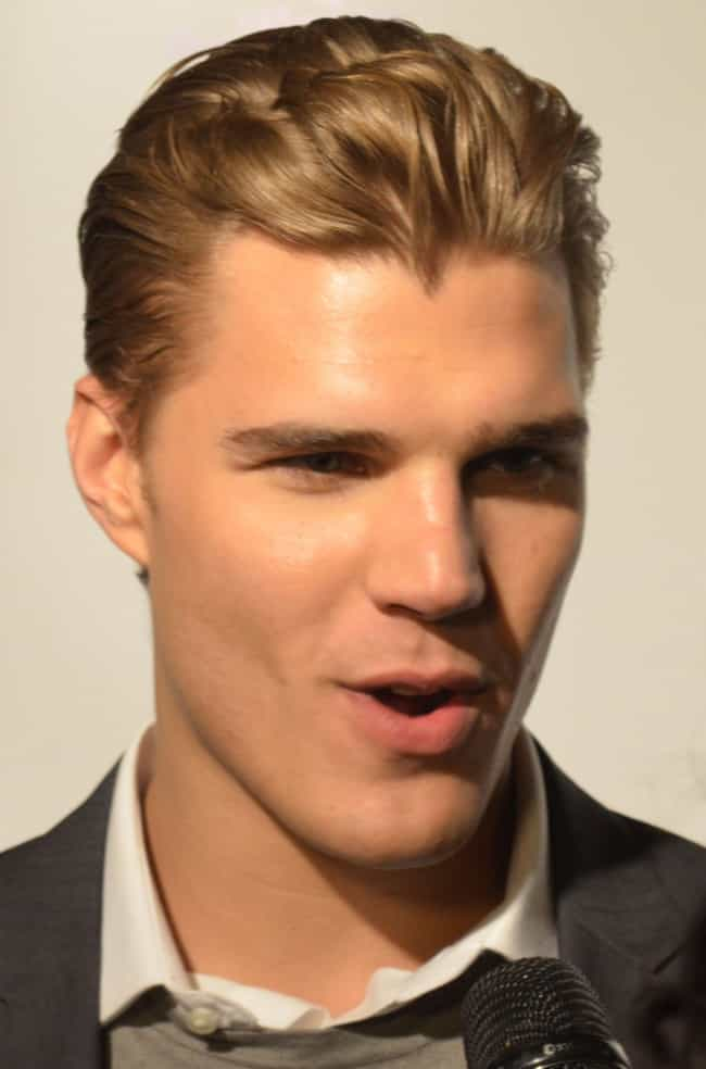 Chris Zylka is listed (or ranked) 1 on the list Paris Hilton's Loves & Hookups