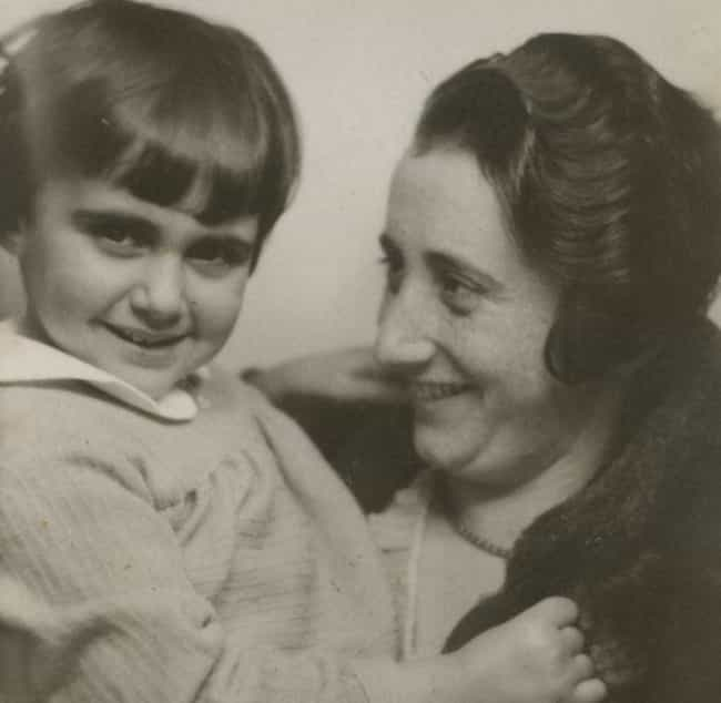 Edith Frank is listed (or ranked) 3 on the list 14 Fascinating Things Most People Don't Know About Anne Frank's Family