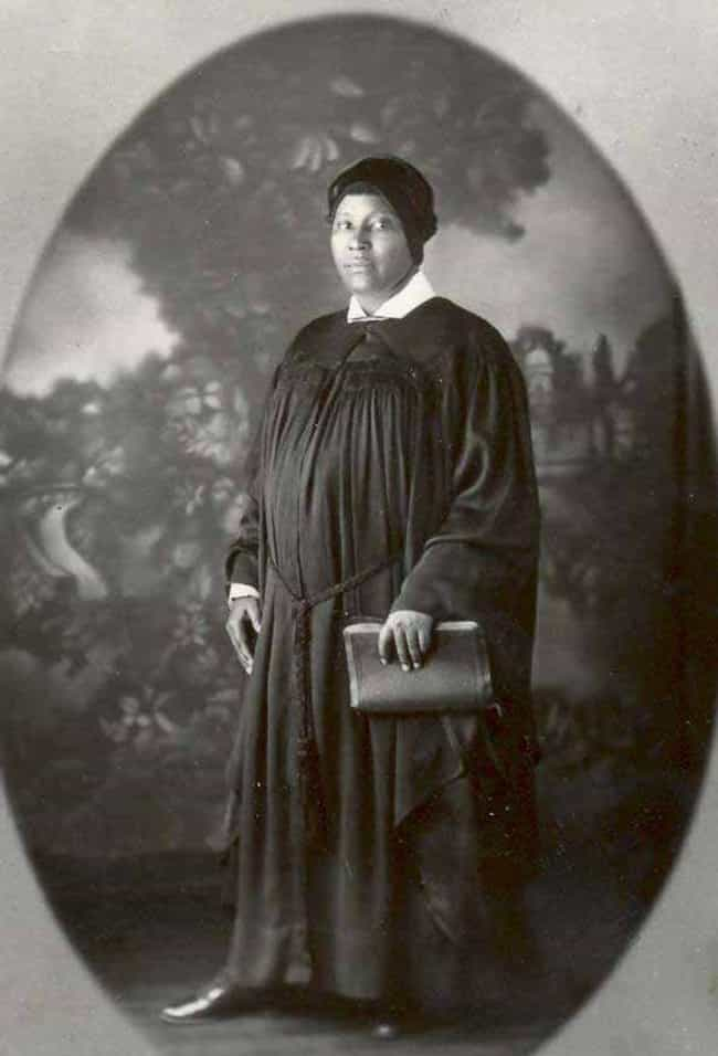 Ida B. Robinson is listed (or ranked) 4 on the list Famous Female Pastors