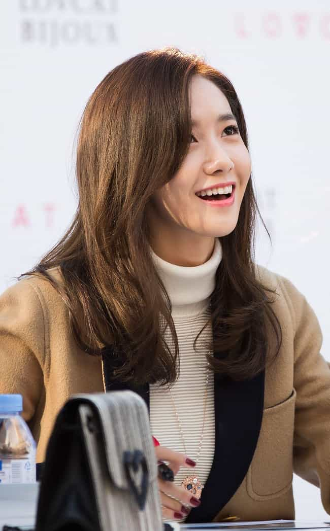 Yoona is listed (or ranked) 3 on the list College Graduate Kpop Idols
