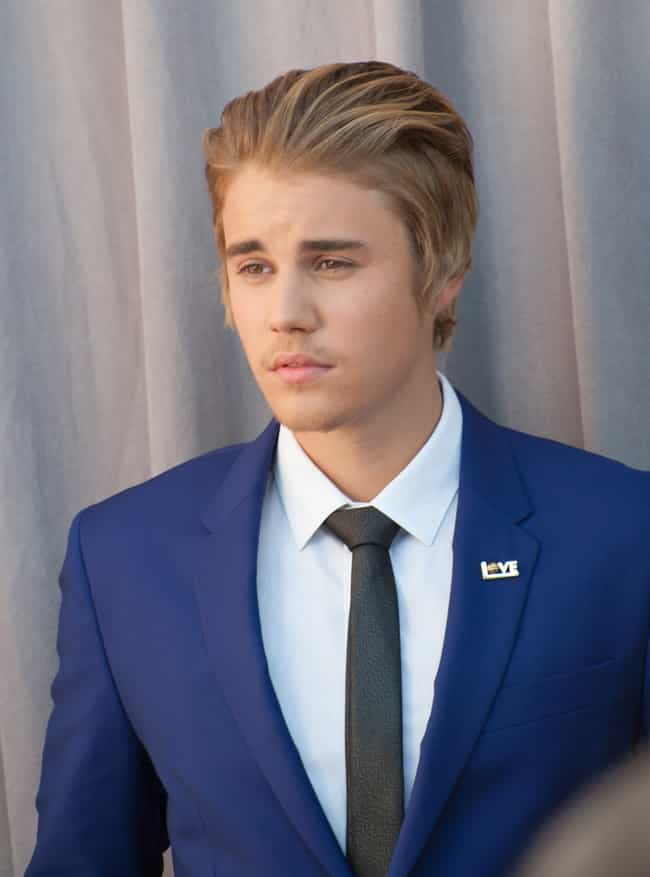 Justin Bieber is listed (or ranked) 1 on the list Famous Male Singer-songwriters
