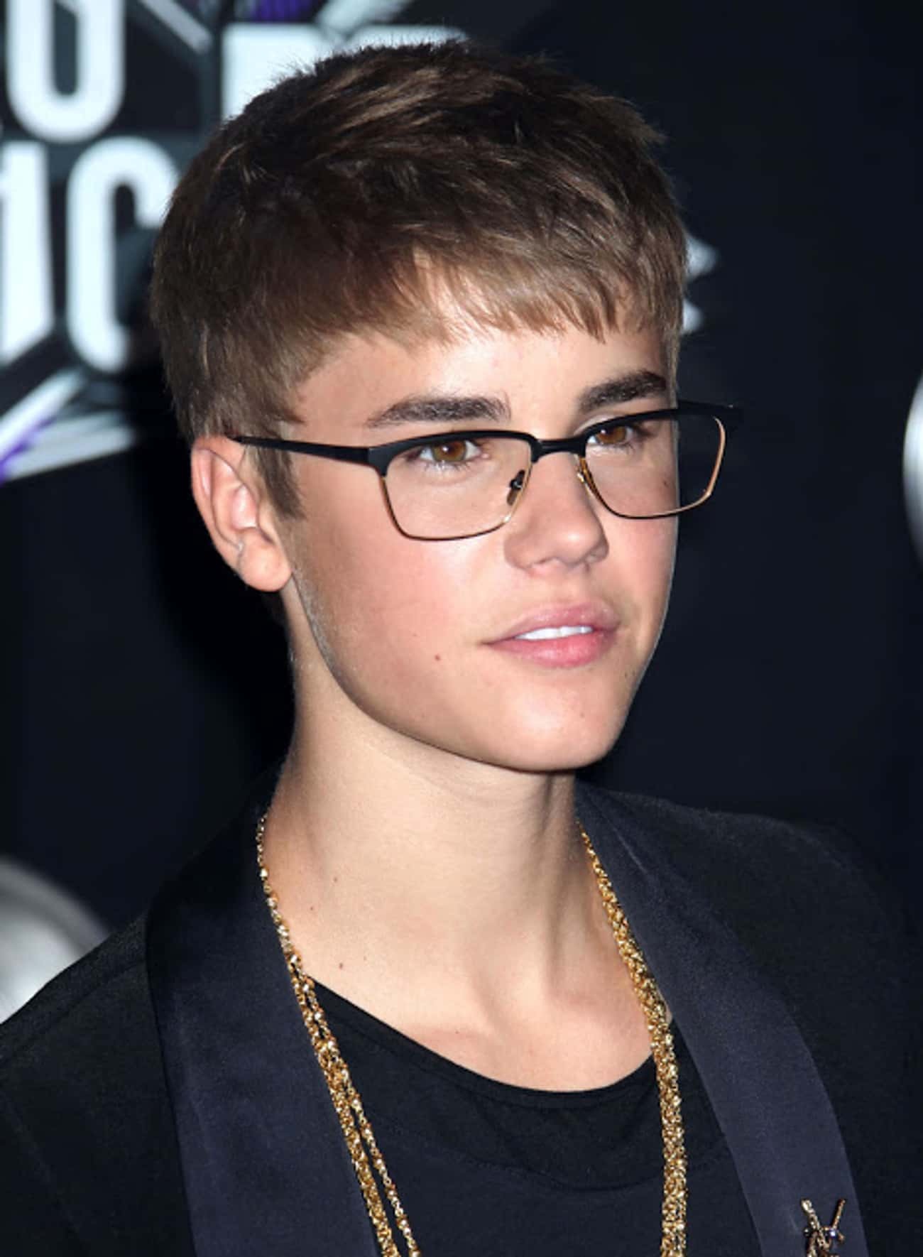 Justin Bieber is listed (or ranked) 1 on the list 35 Celebrities with Glasses