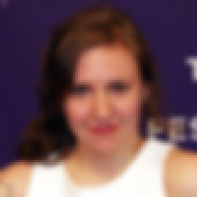 Lena Dunham is listed (or ranked) 4 on the list Celebrities Who Would Sit at the Popular Table