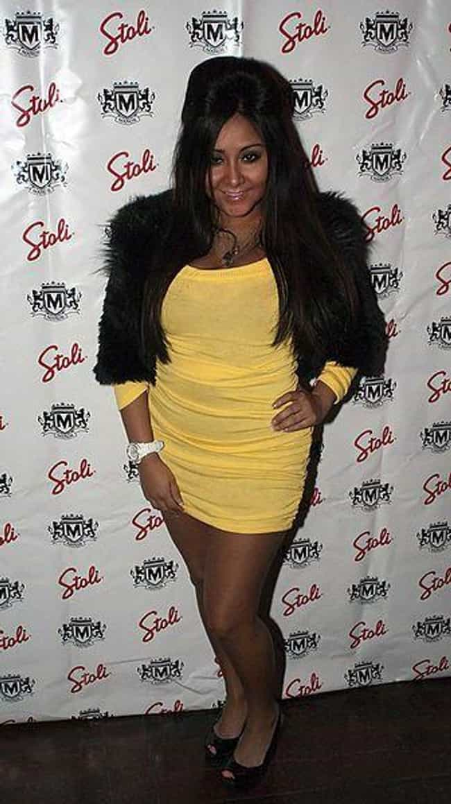 "Nicole ""Snooki""... is listed (or ranked) 1 on the list The Worst Dressed Celebrities"
