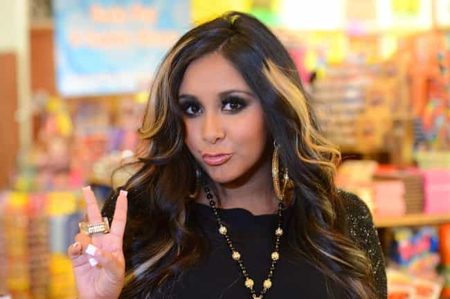 "Nicole ""Snooki""... is listed (or ranked) 4 on the list The Best Reality Stars on Twitter"