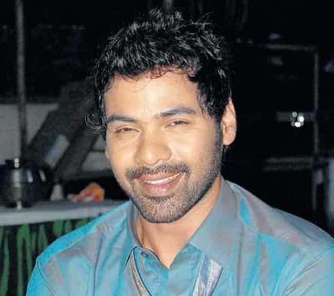 Shabbir Ahluwalia is listed (or ranked) 4 on the list Kahin To Hoga Cast List