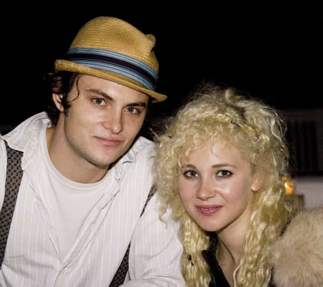 Shiloh Fernandez is listed (or ranked) 4 on the list Juno Temple Loves and Hookups
