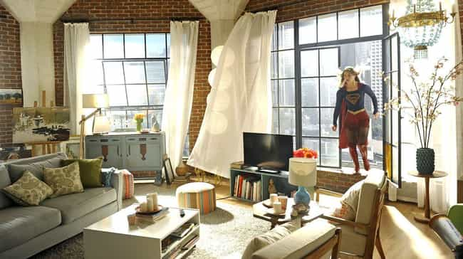 Supergirl is listed (or ranked) 4 on the list Stunning TV Apartments You'd Sell Your Soul For