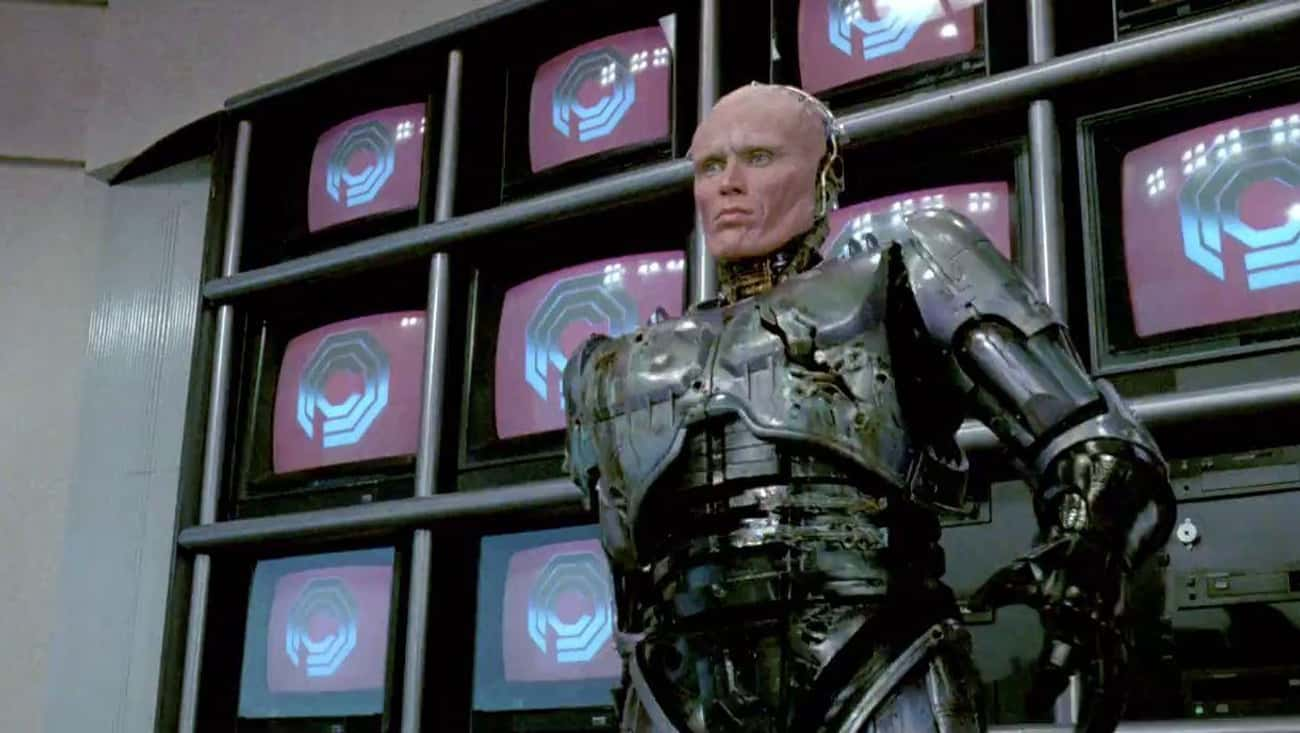 Alex Murphy in RoboCop: The Winter Soldier: 10 characters who also their limbs